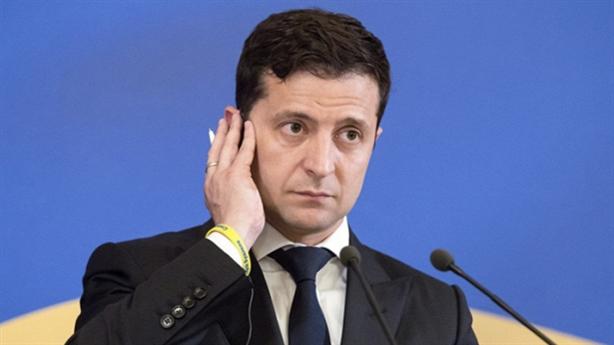 Tổng thống Ukraine học phong cách họp báo ông Putin?