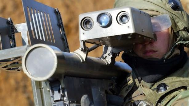 Mỹ có hệ thống tác chiến điện tử cầm tay cực độc