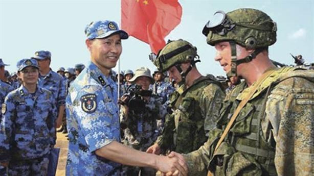 Hợp tác Nga-Trung: Mặt trái và tính phô diễn hình thức