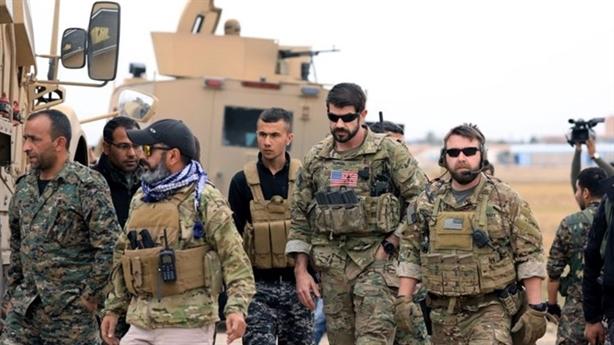Mỹ rút chân khỏi Bắc Syria: Ông Trump vì...lợi ích Nga?