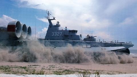 Dự án Trung Quốc đóng tàu đổ bộ Zubr thất bại?