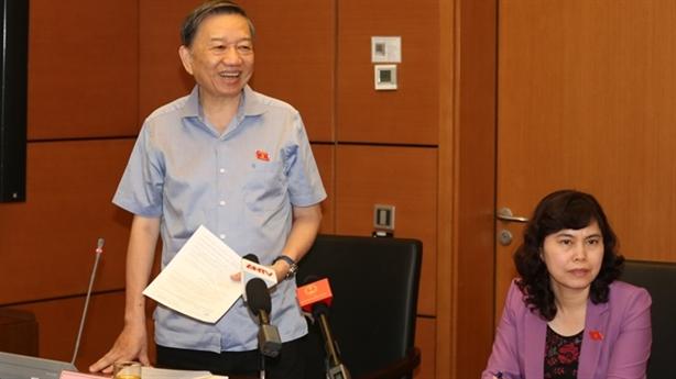Bộ trưởng Tô Lâm: Không bao che tiêu cực trong ngành