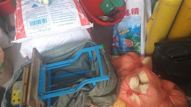 Đà Nẵng: Phát hiện lò sản xuất hạt nêm Knorr giả
