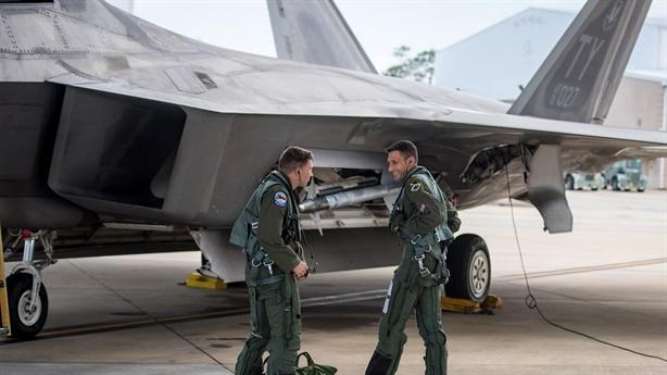 Mỹ không nhắc đến điểm yếu khi đổ tiền nâng cấp F-22