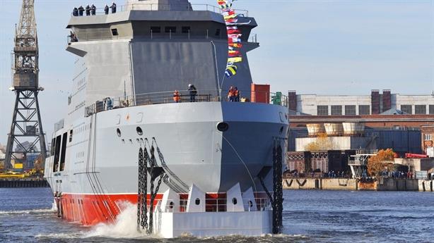Tàu phá băng Nga đủ sức đánh chìm chiến hạm ngàn tấn