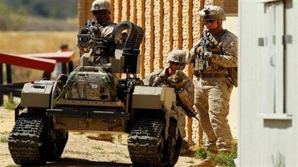 Mỹ trang bị robot chiến đấu chạy pin cực mạnh