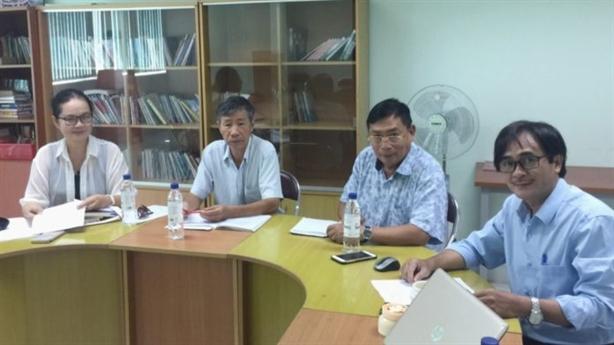 Nhà thơ Phan Hoàng tặng Hội Nhà văn TP.HCM 150 triệu