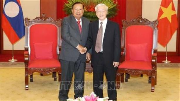 Tổng Bí thư Nguyễn Phú Trọng tiếp Tổng Bí thư Lào