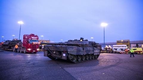 Nối tiếp M1A2 Sepv3 Abrams, Leopard 2A6NL áp sát biên giới Nga