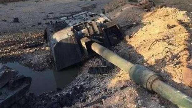 Siêu pháo T-155 Thổ bị thổi bay tháp pháo tại Syria
