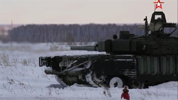 Nga tiếp nhận chiến tăng