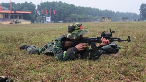 Việt Nam nâng cấp súng AK để gắn kính ngắm hiện đại