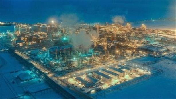 Doanh lợi ngành dầu khí: Sao Nga tăng mạnh, Mỹ giảm sâu?