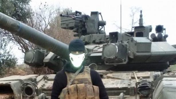 SAA dồn T-90A cho mặt trận Bắc Aleppo