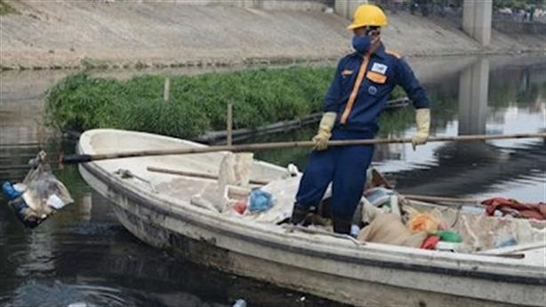 """Nước sông Hồng """"cứu"""" sông Tô Lịch: Bài học kênh Nhiêu Lộc"""