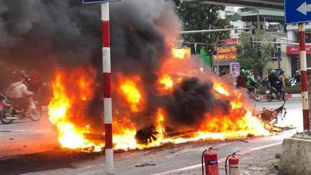 Mercedes gây tai nạn liên hoàn: Danh tính nữ tài xế