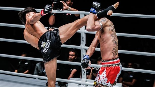Hạ knock-out võ sĩ Nhật, Duy Nhất tiếp tục 'bất bại'