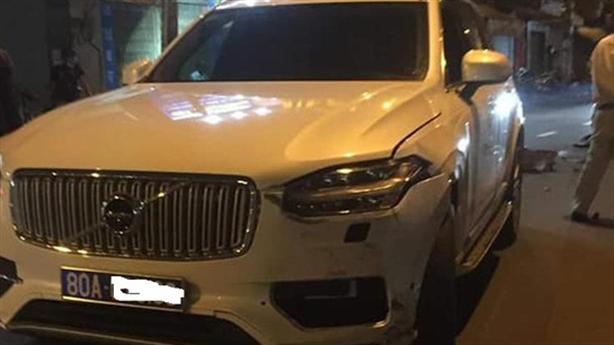 Nữ tài xế lái xe biển xanh gây tai nạn: 'Không chạy'
