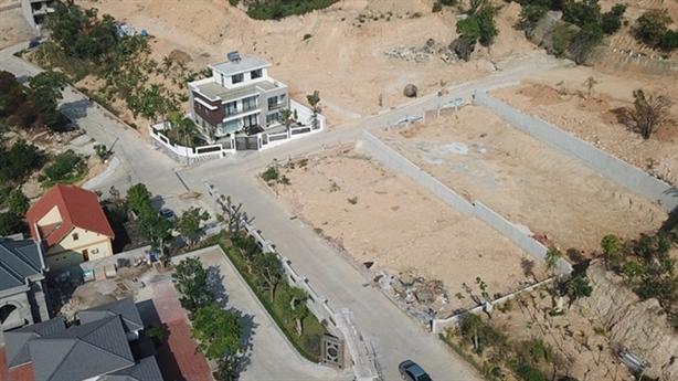 San phẳng đồi ở Hạ Long xây biệt thự: 'Chính quyền biết'