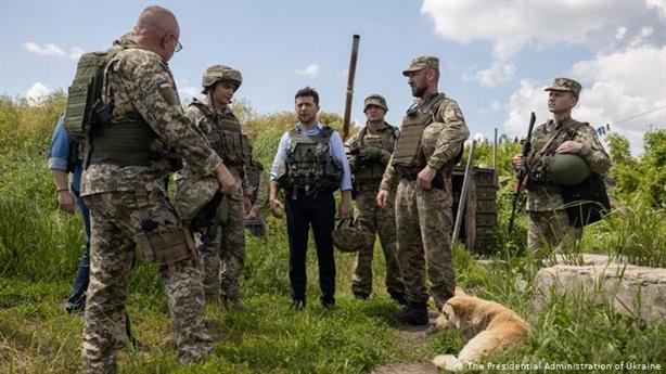Nghị sĩ Ukraine nói sự thật đắng:Ông Zelensky đang mất thời gian