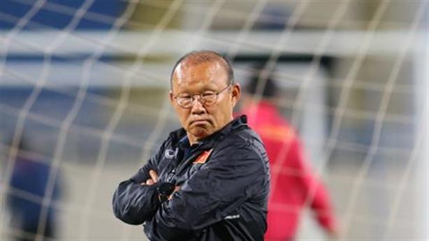 Việt Nam thắng đậm, mờ chiến thuật: Ông Park chơi bài ẩn
