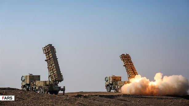 Iran công bố ảnh thử tên lửa từng bắn hạ Global Hawk