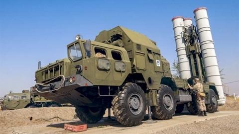 S-300PM-2 Favorit chứng minh không thể bị gây nhiễu điện tử