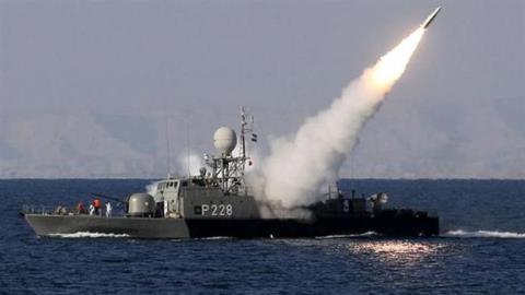 Iran có vũ khí khủng mới, sẵn sàng phong tỏa eo Hormuz