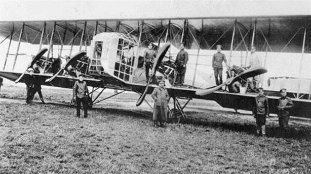 10 máy bay thay đổi chiến tranh trên không