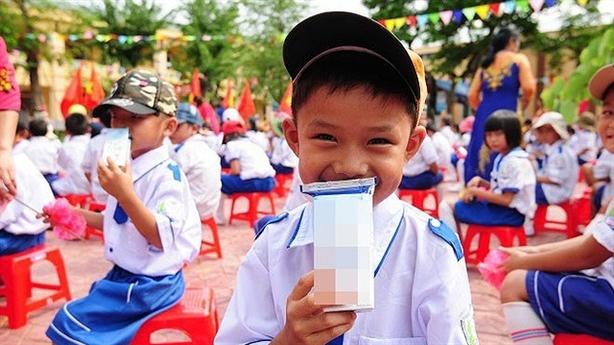 Bộ Y tế: Phải bổ sung 21 vi chất sữa học đường