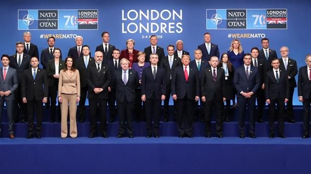 Nga không chạy đua vũ trang, NATO tăng chi phí làm gì?