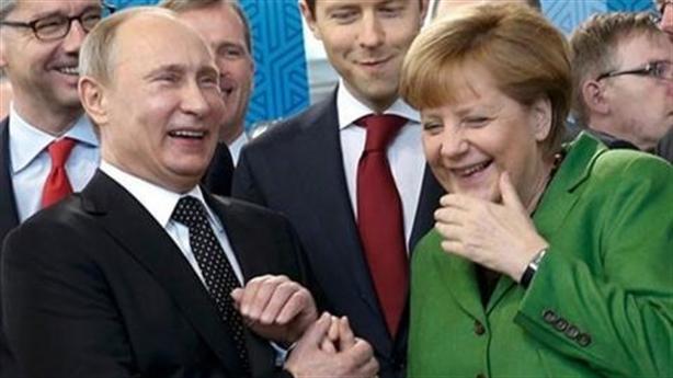 Nga bất biến trong hỗn loạn toàn cầu: Tài năng ông Putin