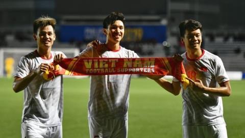 Bóng đá Việt Nam vô địch SEA Games: Rồng vàng bay cao!