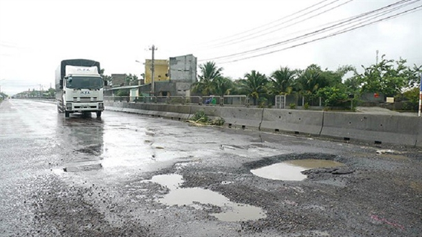 Loạt sai phạm ở dự án mở rộng QL1 Phú Yên-Bình Định