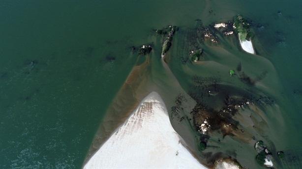 Sông Mekong đổi màu: Hậu quả có thể rất nghiêm trọng