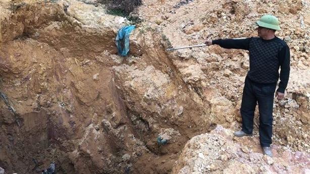Chỉ đạo nóng vụ chôn chất thải nguy hại ở Sóc Sơn