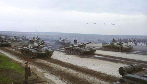 Các nước NATO sử dụng vũ khí gì của Liên Xô?