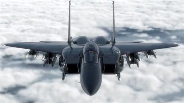 Mỹ mua tiêm kích mang nhiều tên lửa gấp đôi Su-35