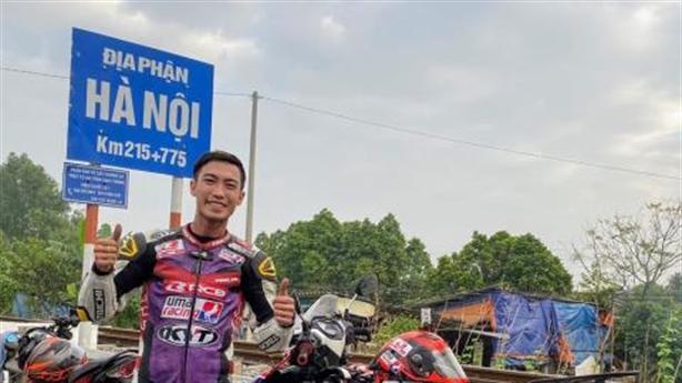 Đi xe máy xuyên Việt mất 20 giờ: Thừa nhận bịa đặt
