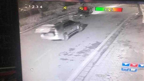 Trộm đi ô tô, phá ba lớp khóa bê trộm két