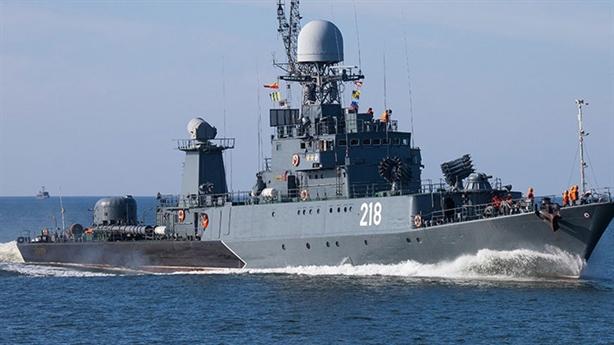 Tàu chiến Nga thử nã ngư lôi vào nhau
