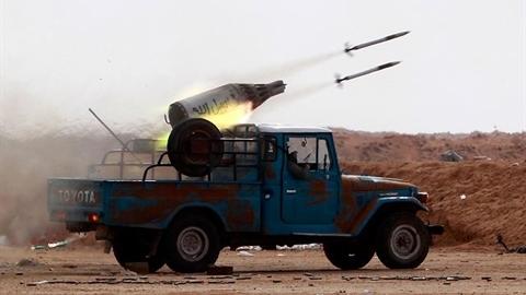 Căn cứ quân sự Mỹ bị tấn công dữ dội bằng rocket