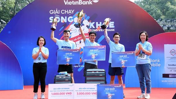 """Giải chạy """"Sống khỏe cùng VietinBank"""": Lan tỏa, sẻ chia yêu thương"""