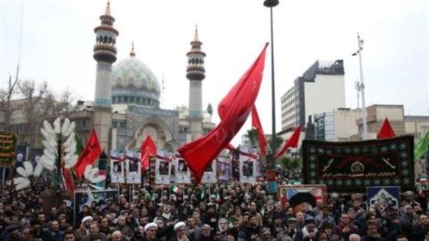 Cuộc đua giành trái tim Hồi giáo : Mỹ hụt hơi trước Nga