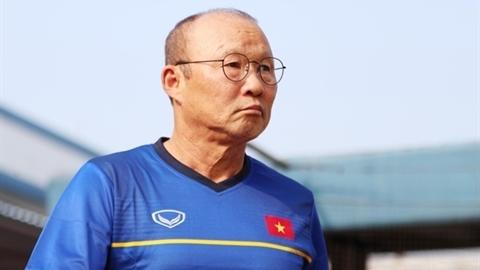 Hàng thủ trứ danh của ông Park đang chao đảo?