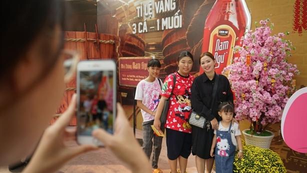 Nam Ngư mang sắc xuân 3 miền vào Lễ hội Tết Việt