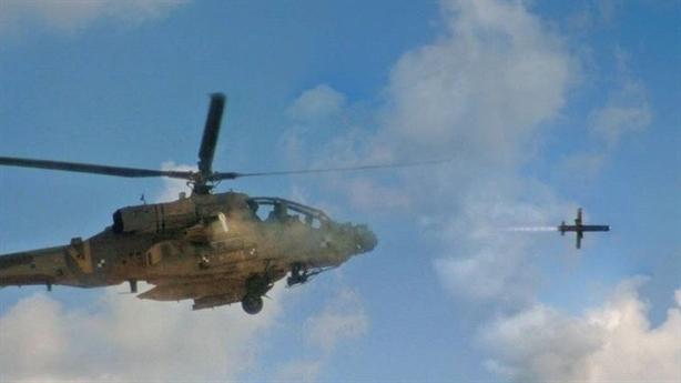 Israel giúp Apache có đòn diệt tăng xa nhất thế giới