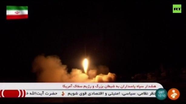 Lính Mỹ núp hầm quay clip Iran tấn công