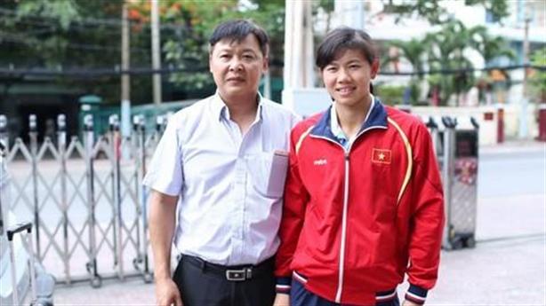 Thầy kình ngư Ánh Viên nợ Trang Trần: Thông tin trái ngược