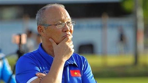 Ông Park với bóng đá Việt Nam: Phù thủy chưa hết phép!